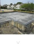 基礎工事:基礎の底盤部分(スラブ)のコンクリート打設